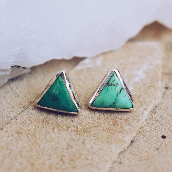 Grand Pyramid Studs :: Turquoise