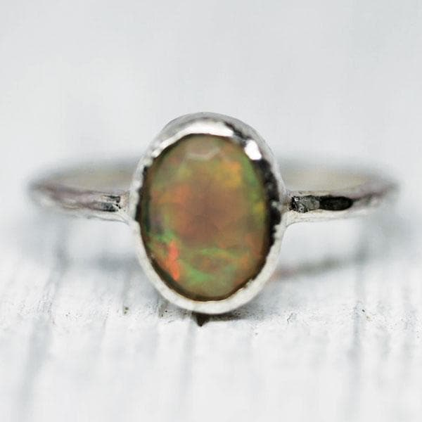 Stardust Opal Ring : Oval