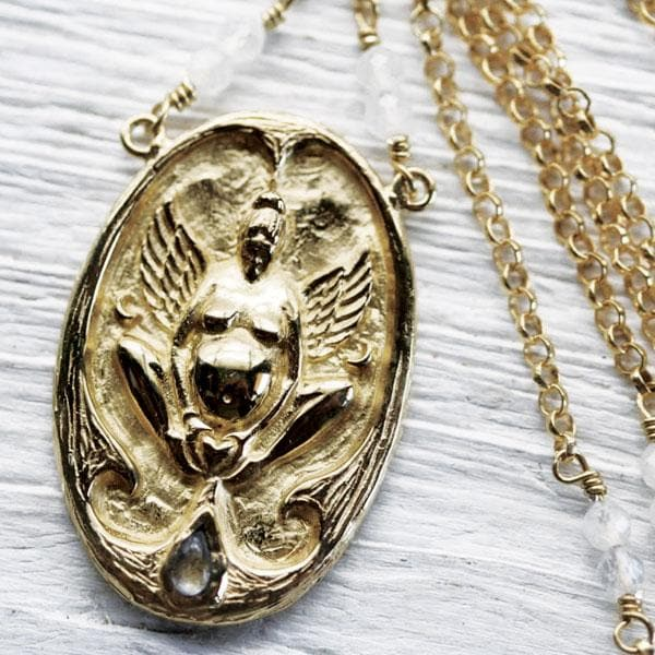 Birthing Priestess Necklace :: Gold
