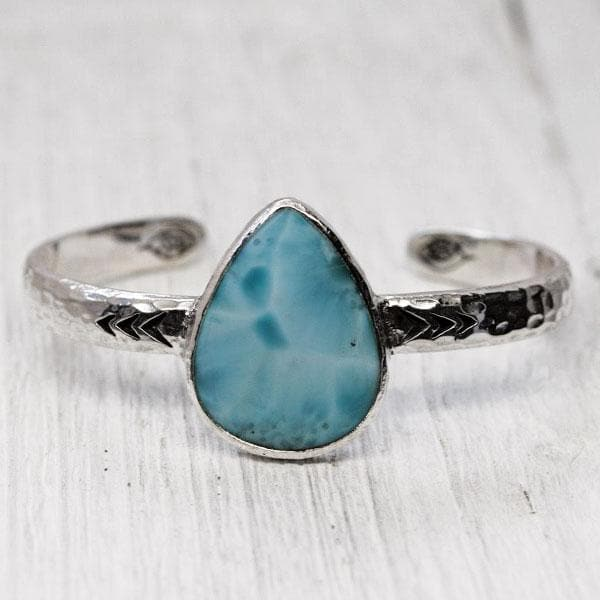 Heirloom Cuff || Larimar