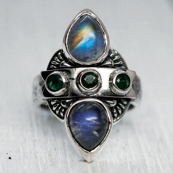 Truth Seeker Ring :: Emerald & Moonstone