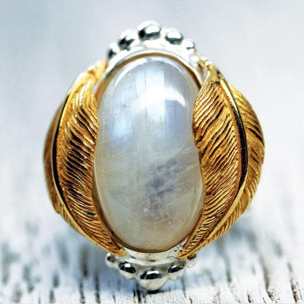 Kinship Ring :: Moonstone Oval