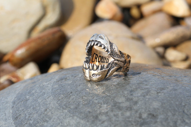 Crowd Pleaser /// Mens bottle opening shark ring
