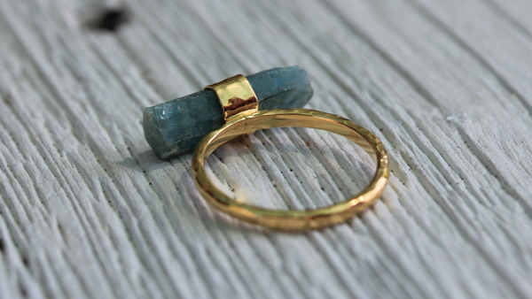 Raw Aquamarine Wand Ring || view more colors