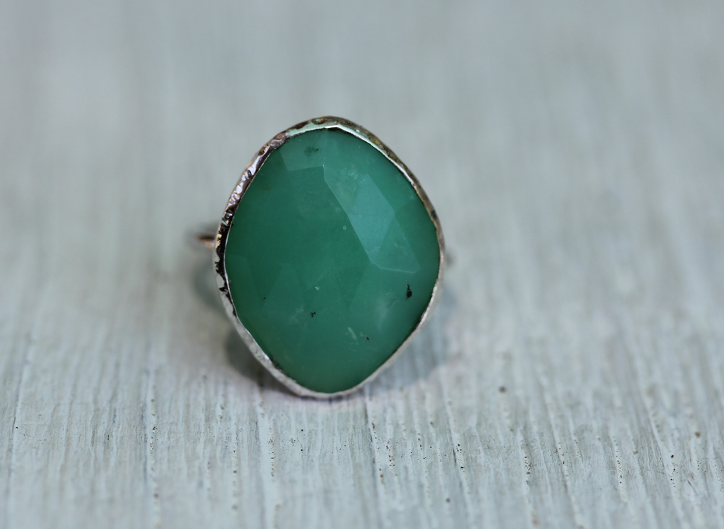 Faceted Chrysoprase Elfin Ring