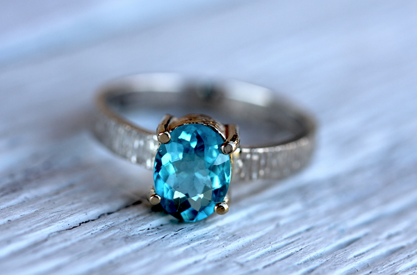 Majestic Ring || Silver & Gold Apatite
