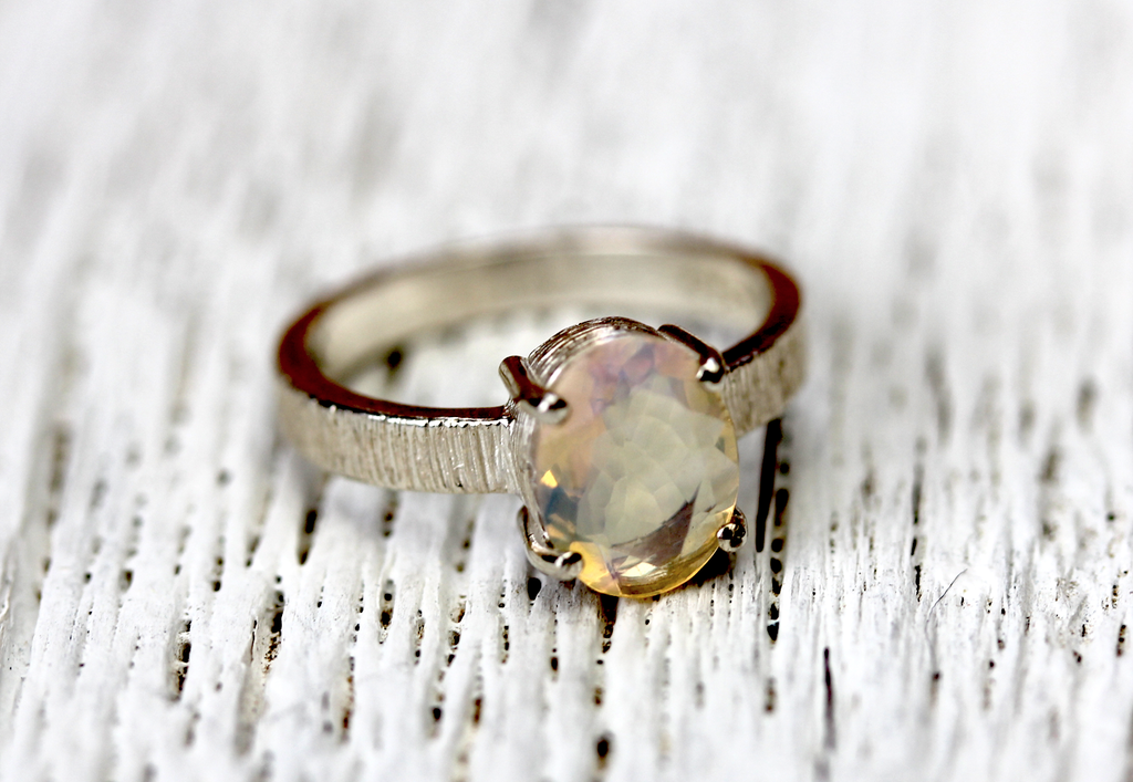 Majestic Ring || Silver Opal