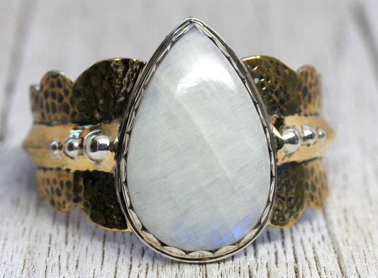 Moonstone Daydreams Cuff