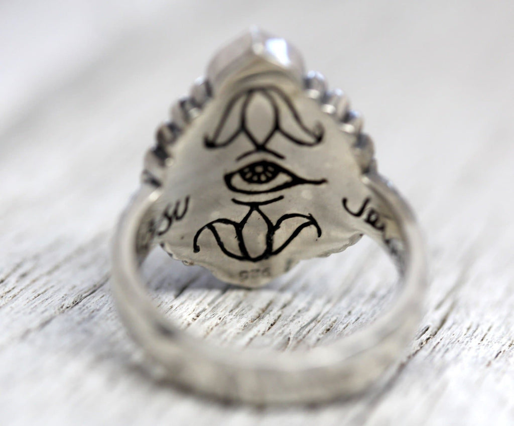 Rebirth Ring : Moonstone
