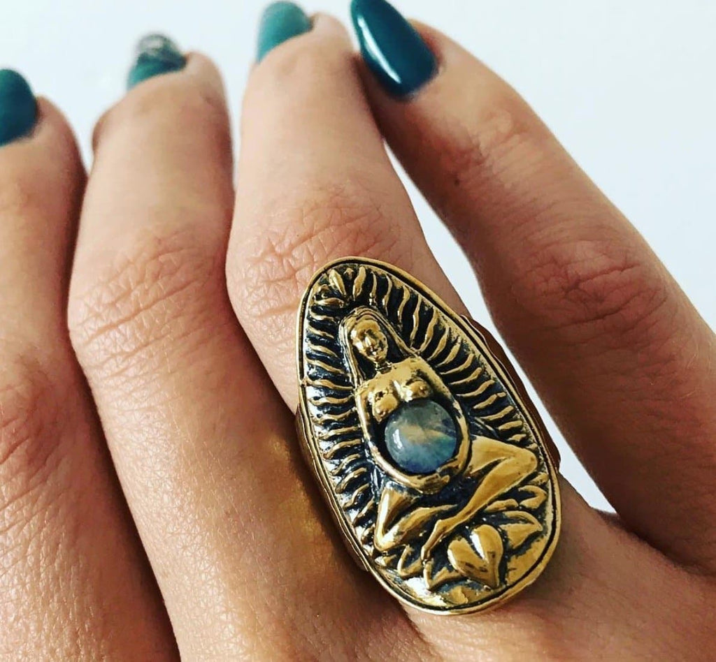Goddess Ring :: Brass
