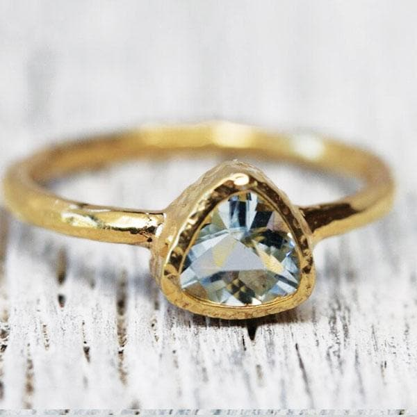 Aquamarine Ring : Gold Petit Pyramid