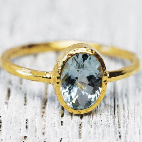 Aquamarine Ring : Oval