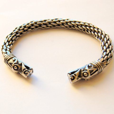 Viking bracelet, Dragon heads