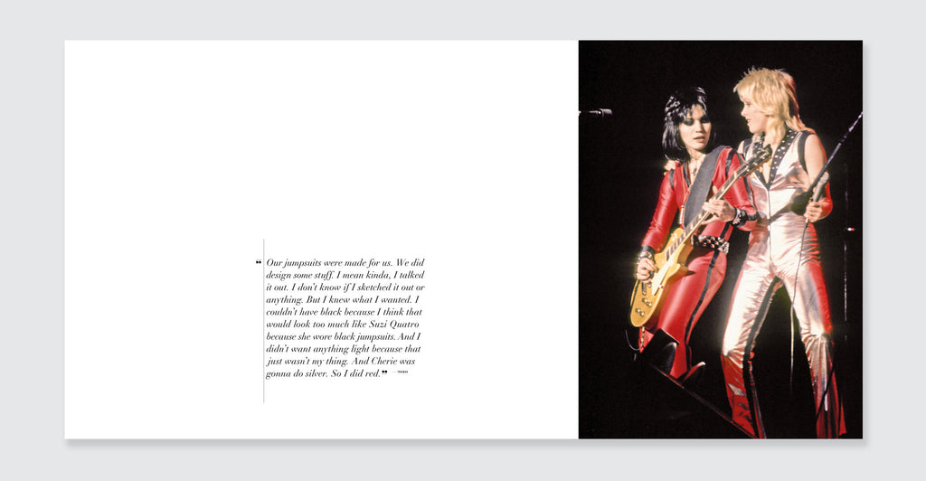 Joan Jett: Spread #4