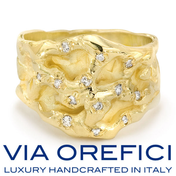 Deeply rooted in the Italian tradition, history, and culture, Via Orefici Jewelry is a timeless, 18 karat gold jewelry line handcrafted by master goldsmiths in Italy and born from the passion for authentic artisanship and high-quality craftsmanship.