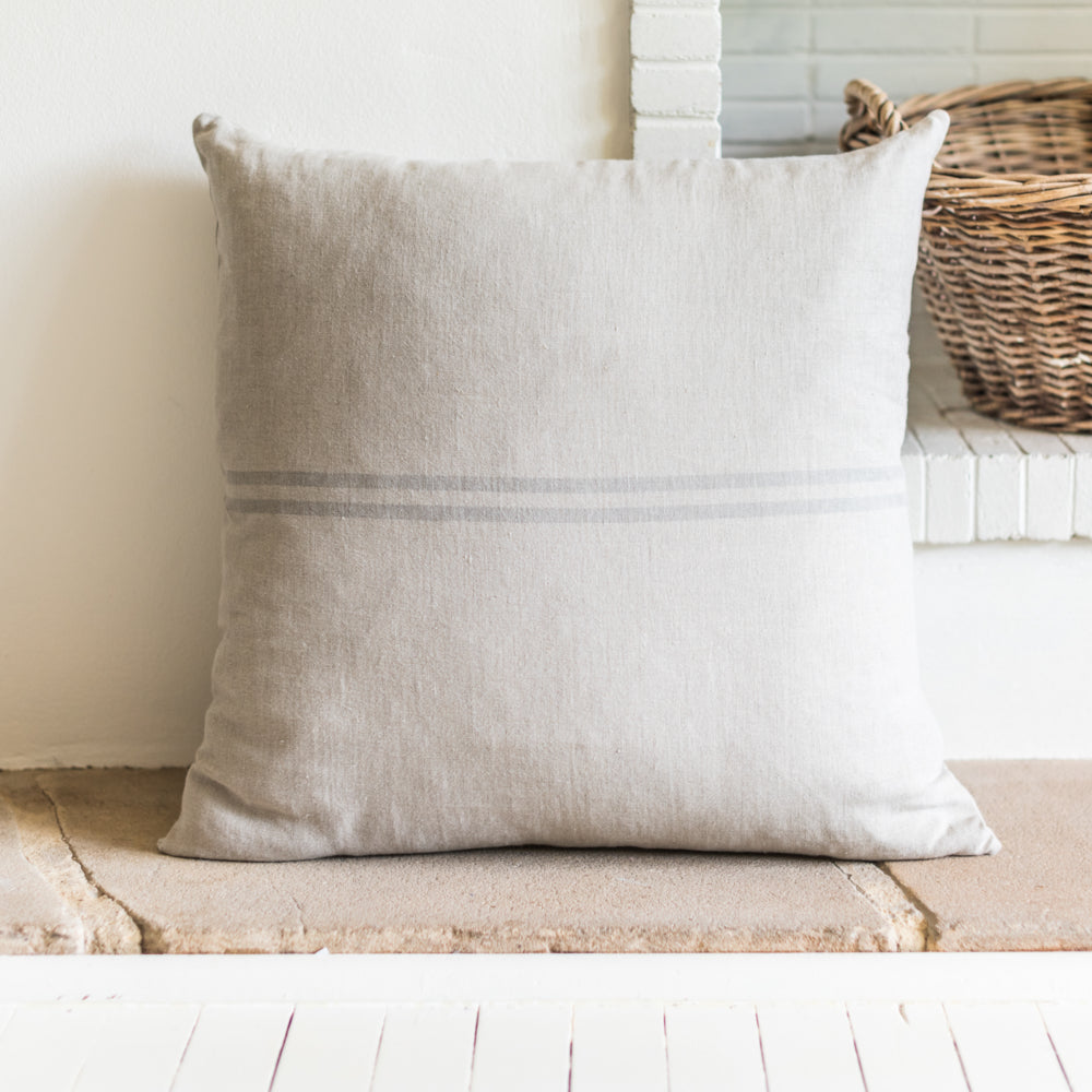 Cushion Bien Grey