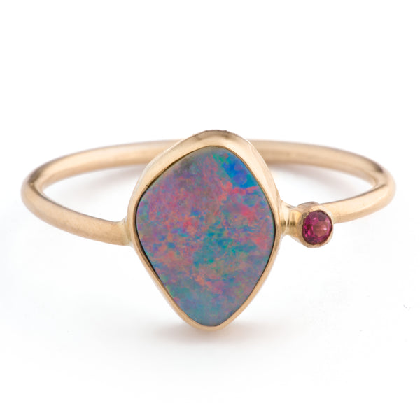 Meridien Opal & Gemstone Band