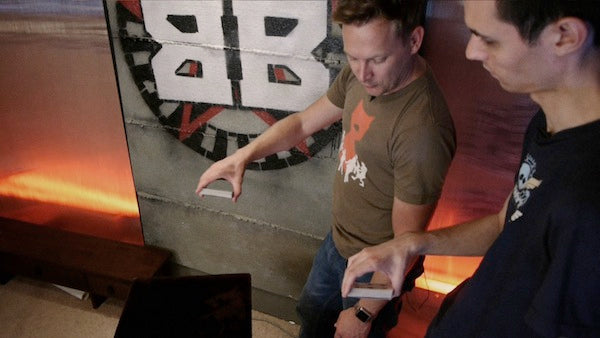magician brian brushwood magic tutorial one-handed top palm