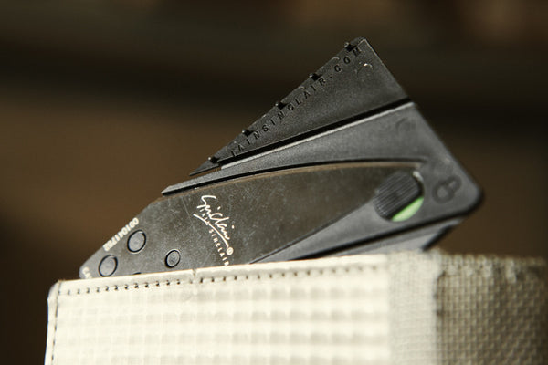 Credit card knife, fits in any wallet - be prepared anywhere
