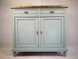 Vintage Anrichte restyle in french blue