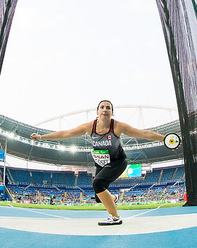 Renee Foessel competes in the women's f38 discus final