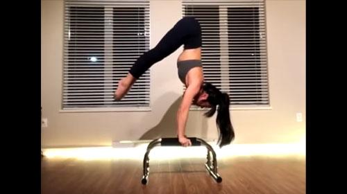 Samantha Hall on the Parallettes™