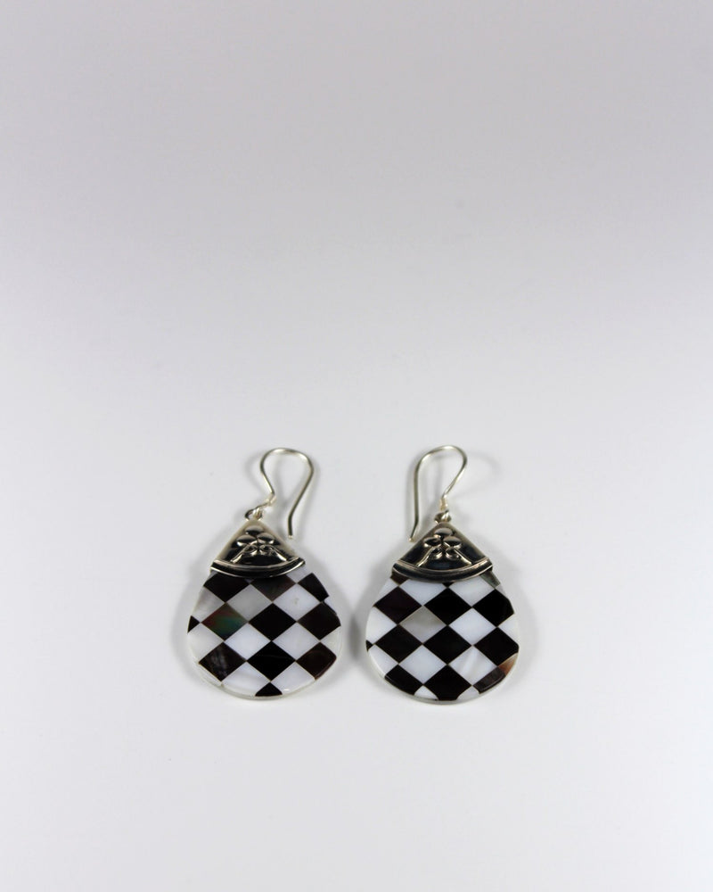 Silver Check Shell Drop Earring
