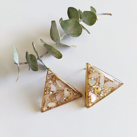 To the sea Galaxy Studs: Triangle