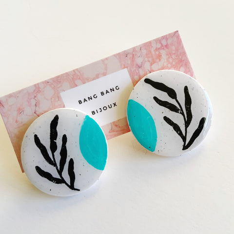 Nostalgia Earrings: Vines