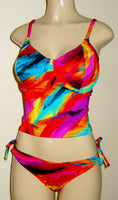 Tankini underwire top and keyhole adjustable side bottom