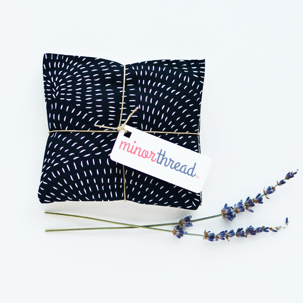 Radial Seeds Black Cotton & Natural Linen Organic Lavender Sachet Set
