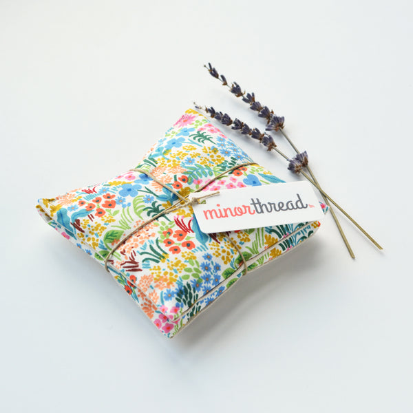 Organic Lavender Sachets in Meadow Cream - Set of 2