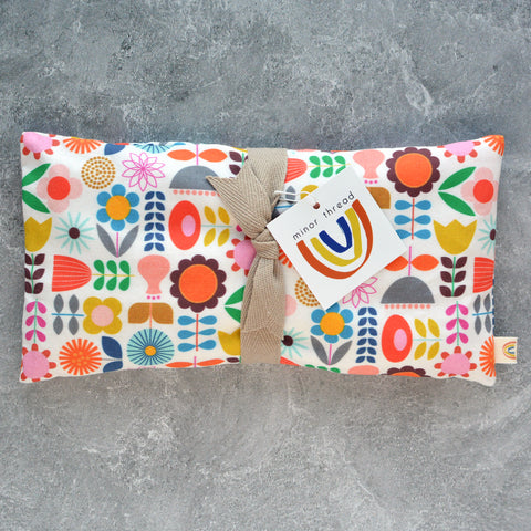 Oversized Eye Pillow in Scandi Floral Cotton - Therapy Pack