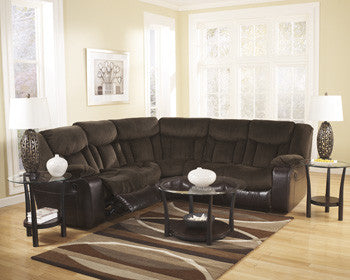 Tafton Living Room Collection