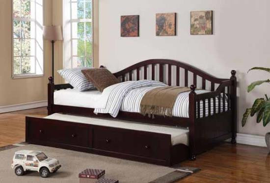 Cappuccino Daybed with trundle and 2 mattresses