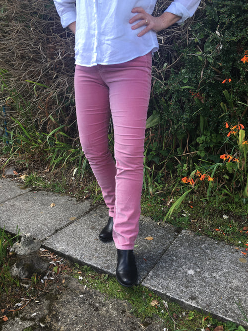 Amazing Woman Velvet Straight Leg Jeans in Pink