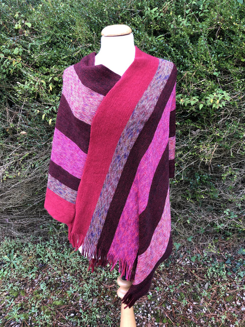 Fringed Poncho - Shades of Red