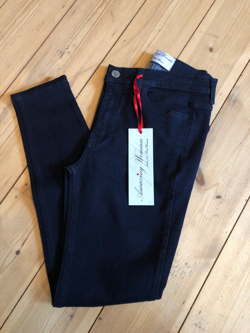 Amazing Woman Venus 12 Black Ankle Skimmer Jeans