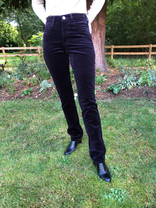 Amazing Woman Velvet Straight Leg Jeans in Aubergine