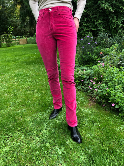 Amazing Woman Velvet Straight Leg Jeans in Raspberry