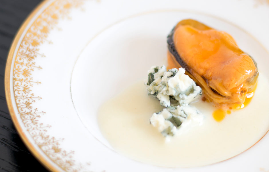 Mussels in Escabeche (Pickled Sauce) with Ajoblanco and Blue Cheese