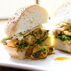 Mussels in Escabeche Sandwich
