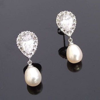 Alisha Freshwater Drop Earrings