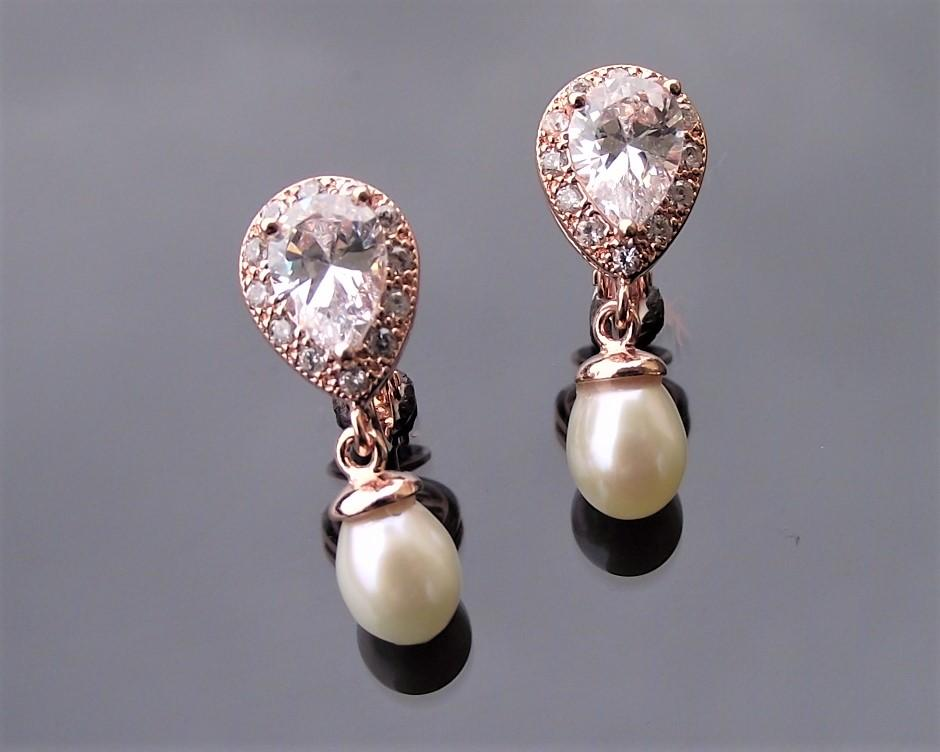Rose gold alisha earrings 2