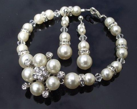 Bracelet & Earring Sets - Pearl Bridesmaids Bracelet & Earring Set, Meredith Mini