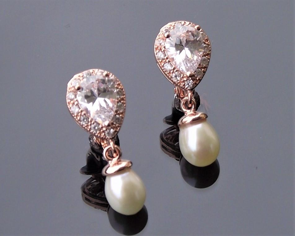 Rose gold alisha earrings 6