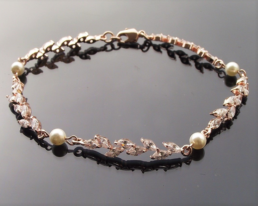 Rose Gold Shelly Bracelet 12