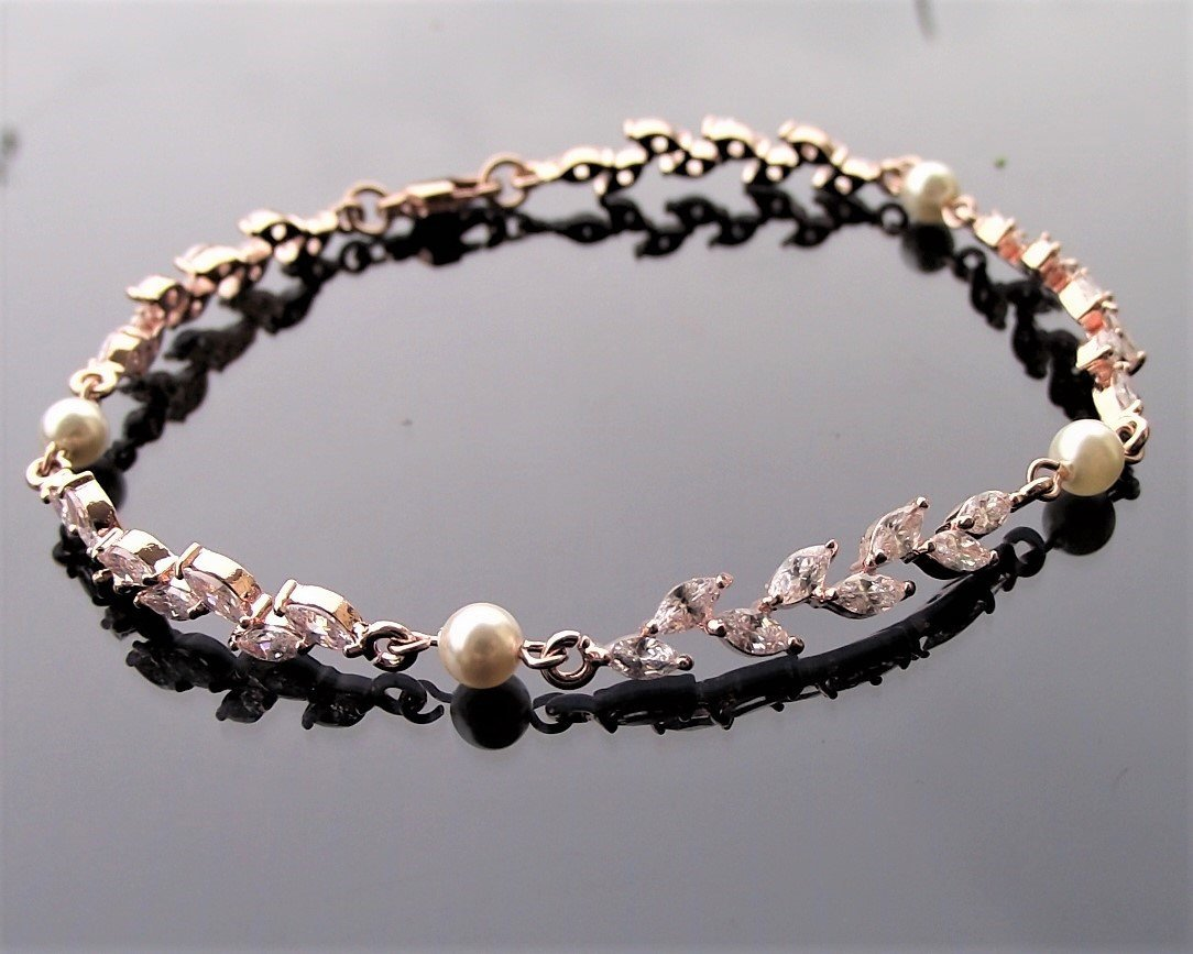 Rose Gold Shelly Bracelet 13