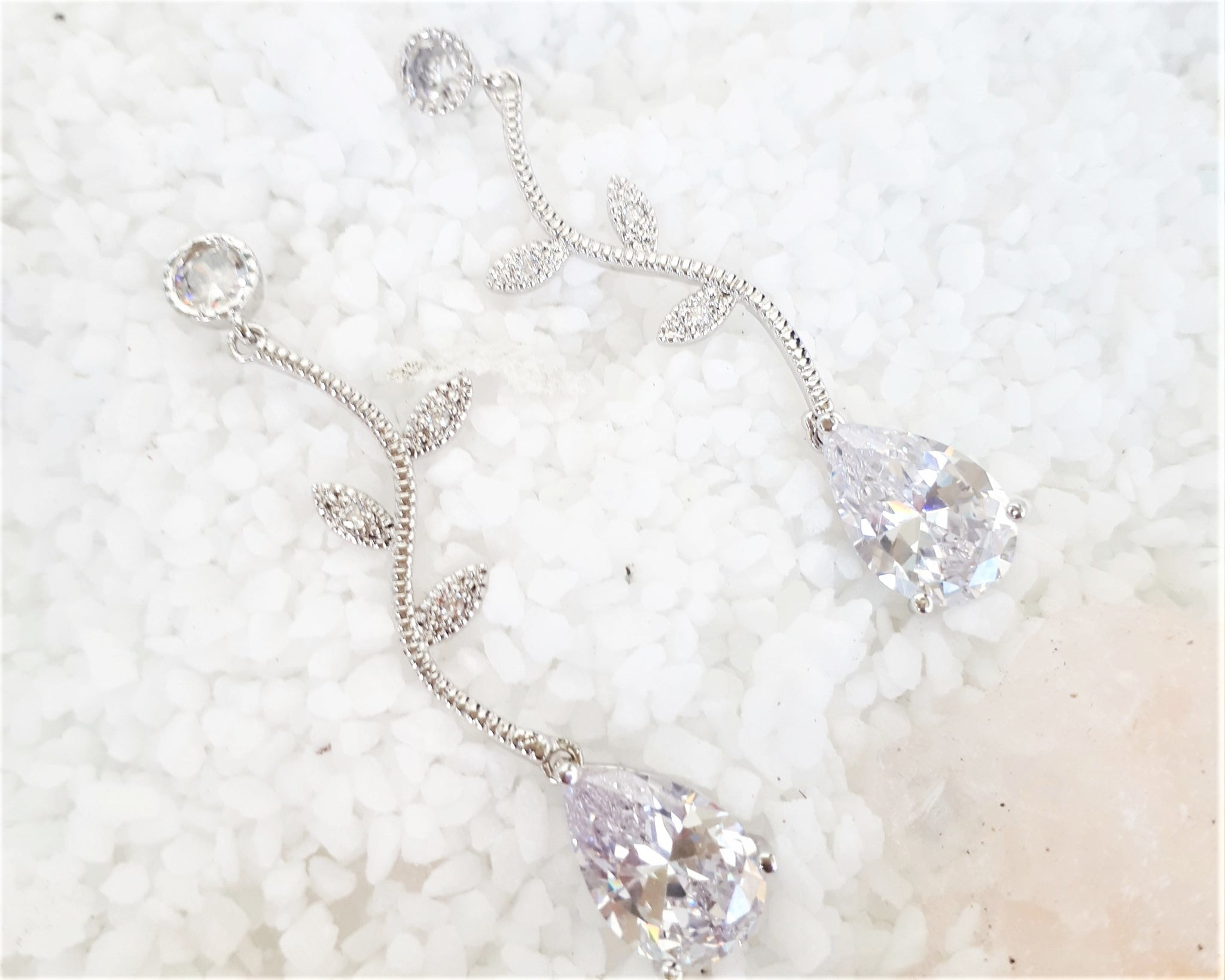 Sive silver vine earrings