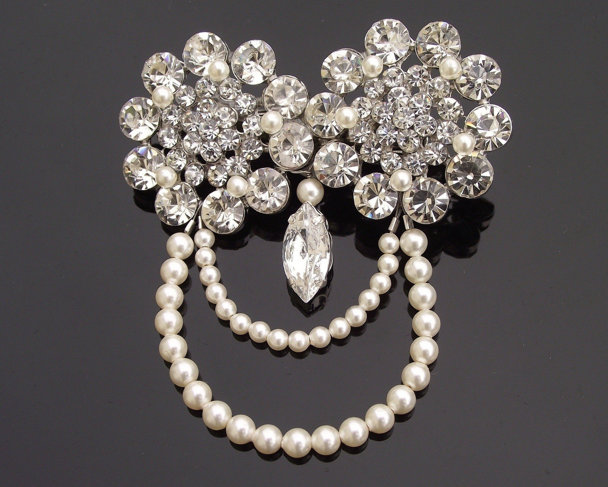 Wedding Hair Clips - 1920s Style Pearl Hair Clip With Crystals & Rhinestones, Carey